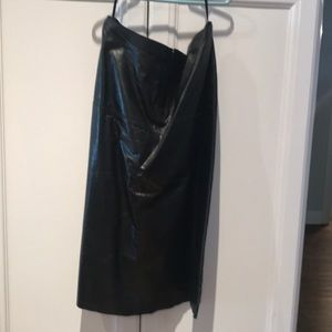 Banana Republic black leather skirt